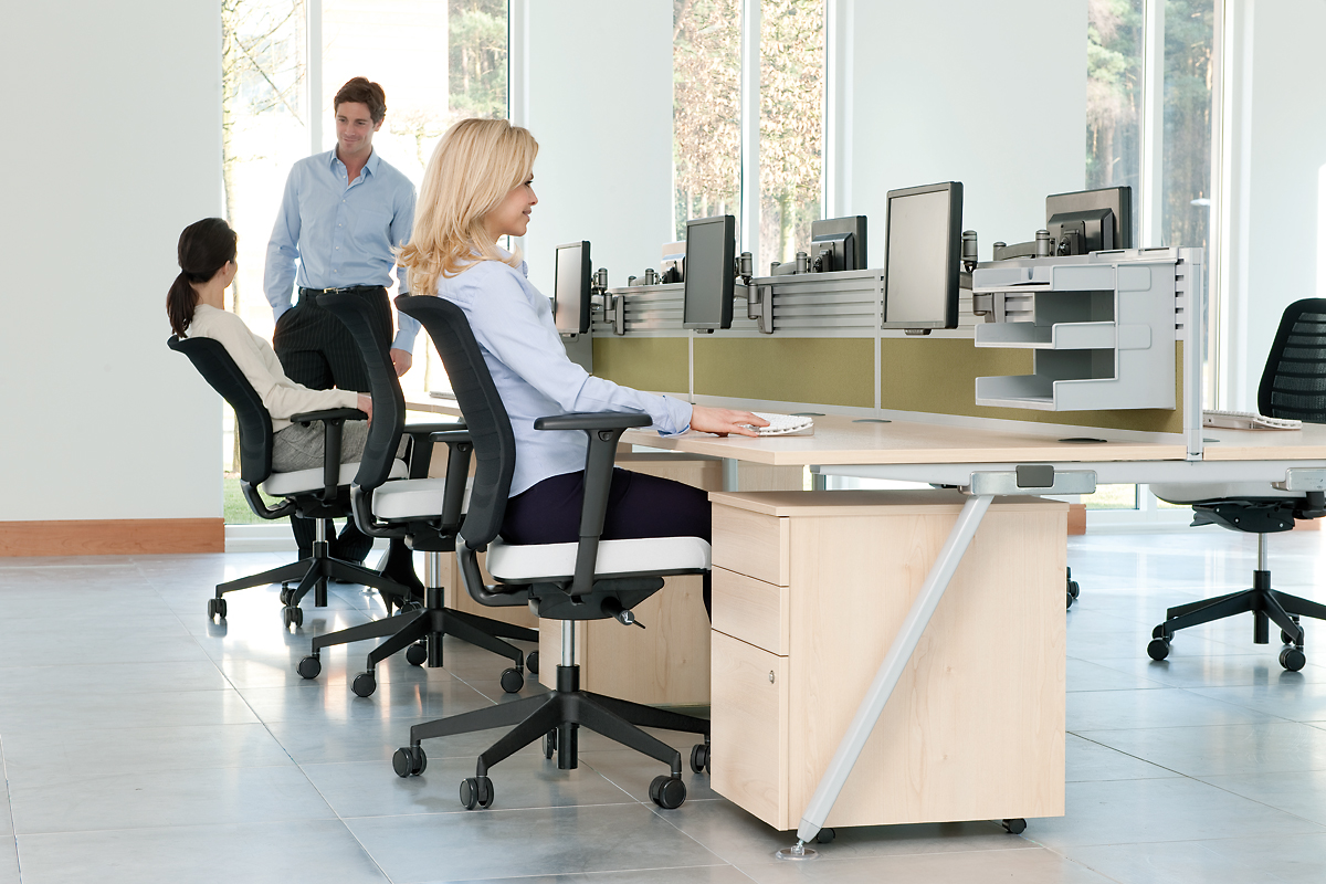 core desking richardsons office furniture and supplies