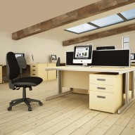Design 2000 Rectangular Desking 2
